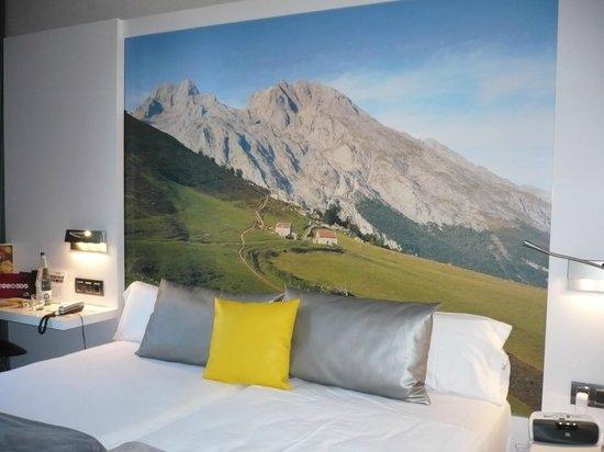 Hotel Vueling BCN by Hc: décor de notre chambre