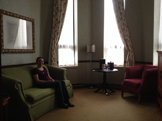 Delta Hotels by Marriott London Armouries: Great Room!