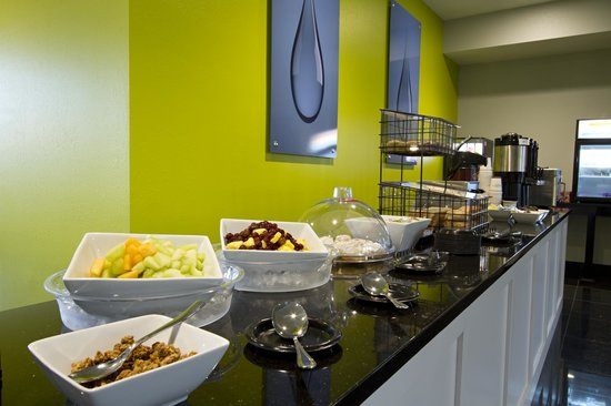 The Wallhouse Hotel: Hot Breakfast Buffet