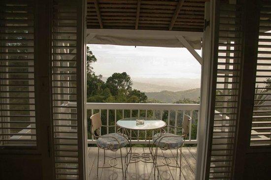 Strawberry Hill : Private Balcony