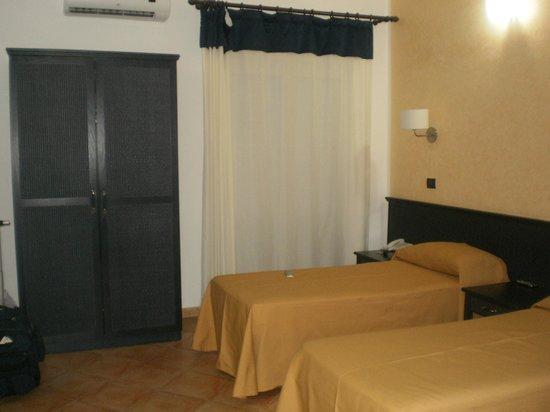 Antica Perla Residence Hotel: Habitación