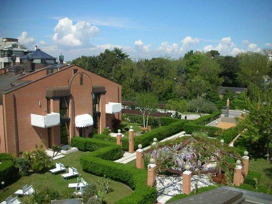 Le Ville del Lido Suite Residence: vista di una villa