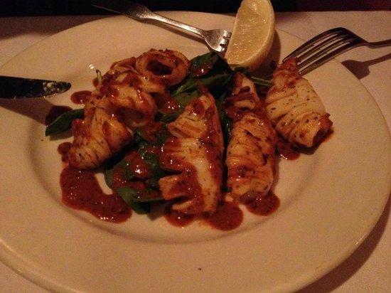 Anthony's Restaurant & Bistro: grilled calamari