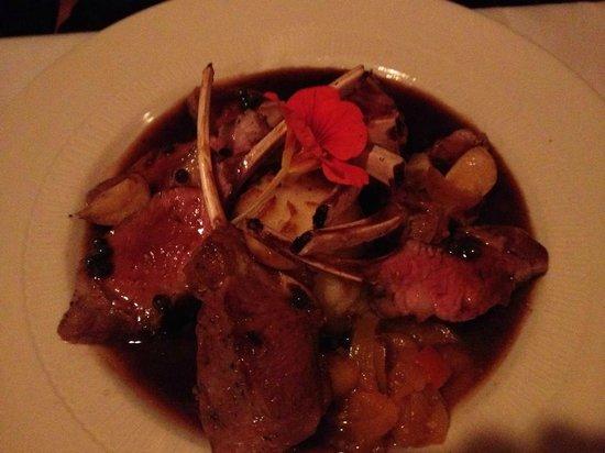 Anthony's Restaurant & Bistro: rack of lamb