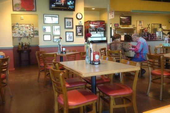 Restaurants In Cedar Hill Uptown