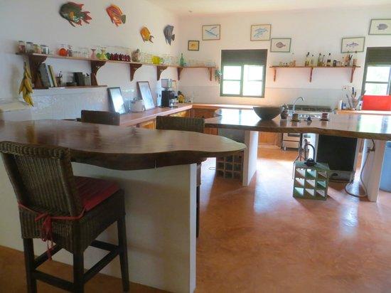 Laurier Guest House: Cuisine de la villa