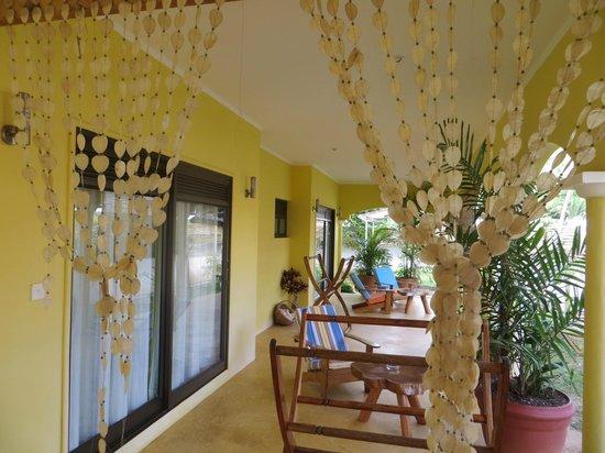 Laurier Guest House: Terrasse de nos chambres