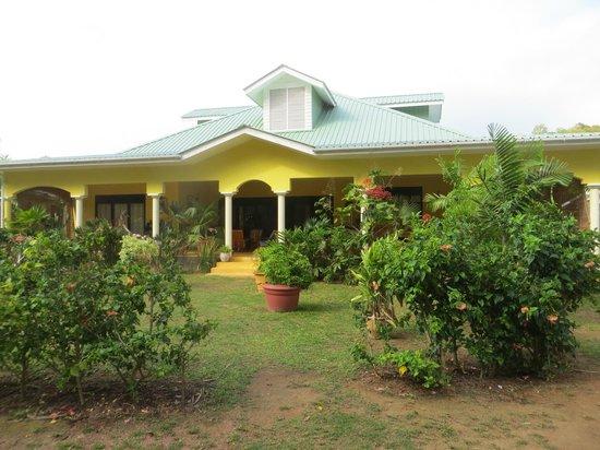 Laurier Guest House : La villa