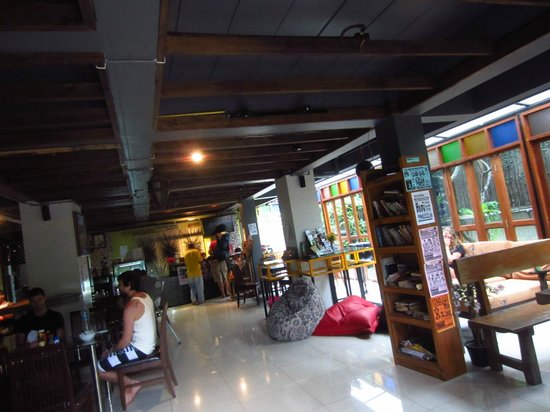Deejai Backpackers : Lobby