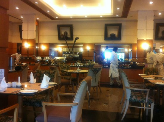 Trident, Cochin : Busy with food