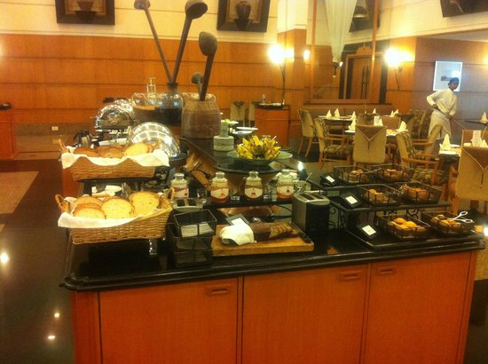 Trident, Cochin : Food