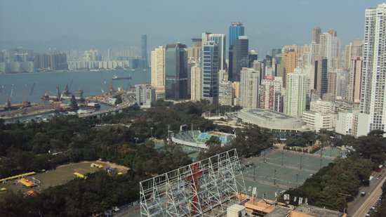Rosedale Hotel Hong Kong: view from the sky lounge
