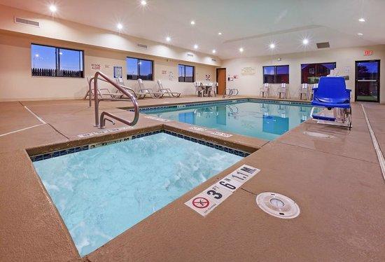 Country Inn & Suites By Carlson, Lubbock : Pool Room