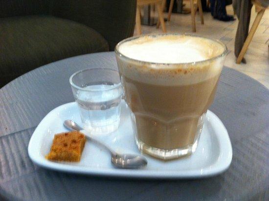 The Provence Shop: café late