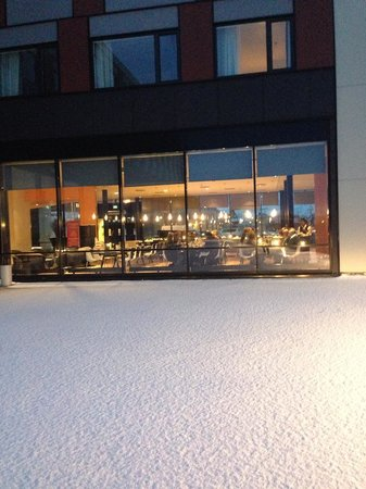Thon Hotel Kirkenes: Hotel grounds