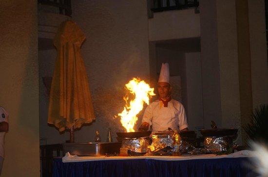 Eden Star Zarzis : cuisinier, crevettes flambées