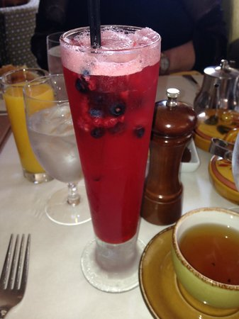 Mistral: berries, oj, and lime