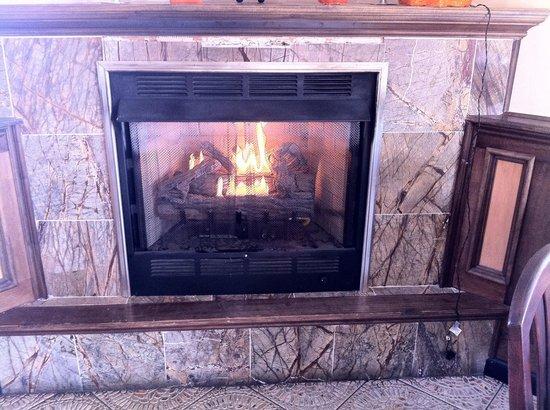Christina's: Fire place