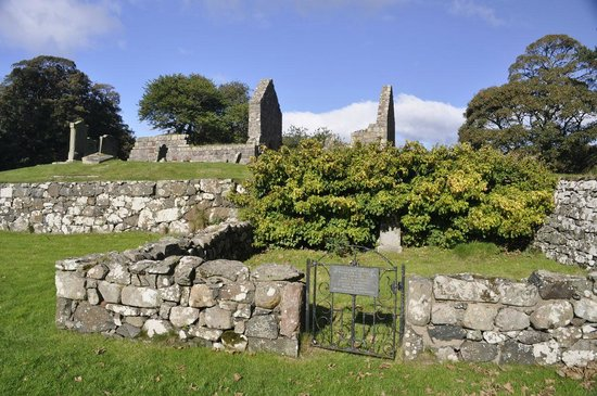St Blane's Chapel : View from cemetery