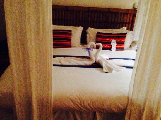 Casa de Los Sueños : La cama de mi habitación ABUNDANCIA