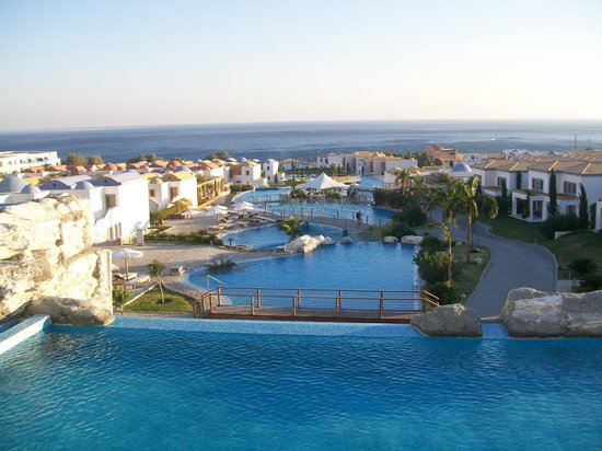 Mitsis Blue Domes Resort & Spa: View from terrace
