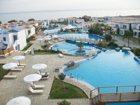 Mitsis Blue Domes Resort & Spa: Pools