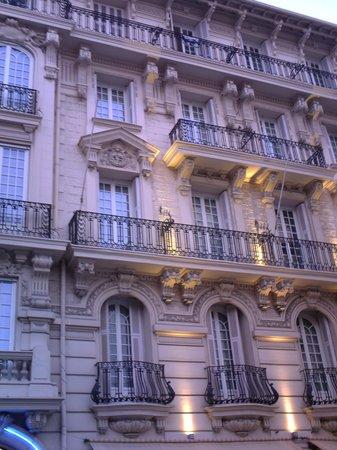 Nice Excelsior Hôtel : Front of Hotel