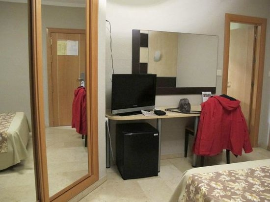 Hotel Universal: dormitorio