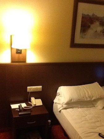 HCC Open Hotel: cama