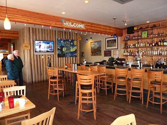 Ed's Cantina & Grill: Ed's Bar