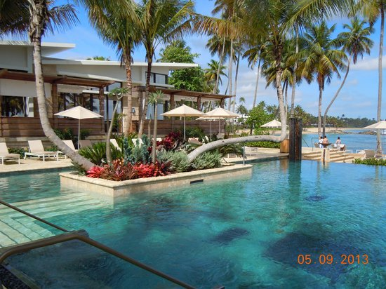 Dorado Beach, a Ritz-Carlton Reserve: Building with pool in foreground