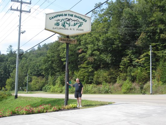 Camping in the Smokies : The front of the campgrounds