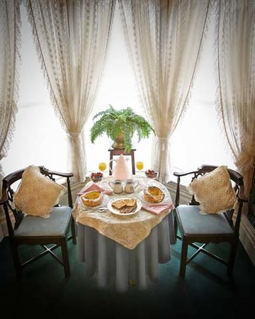 The Historic Inn on Ramsey Street: breakfast in your suite -the St Croix