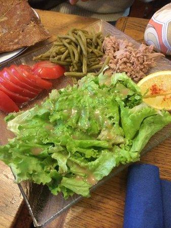 La Crêperie Bretonne : Une bonne salade pour l'entrée