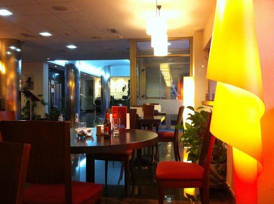 Clement Barajas Hotel: restaurante