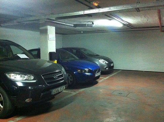 Hotel Clement Barajas: parking