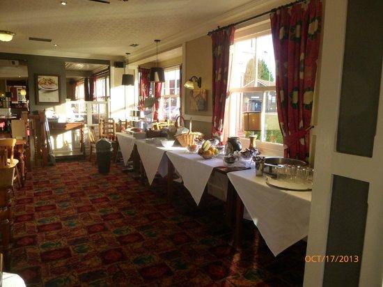 Innkeepers Lodge Old Windsor: Buffet breakfast