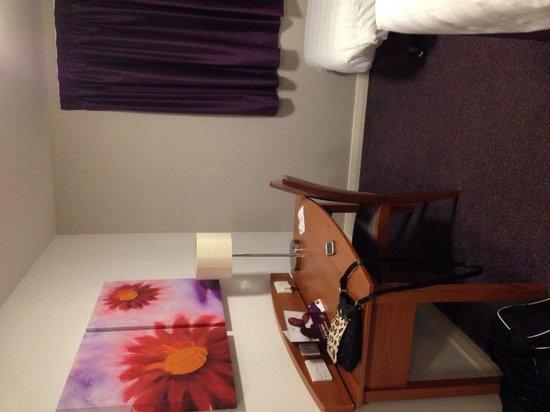 Premier Inn Rochester Hotel: Room 5