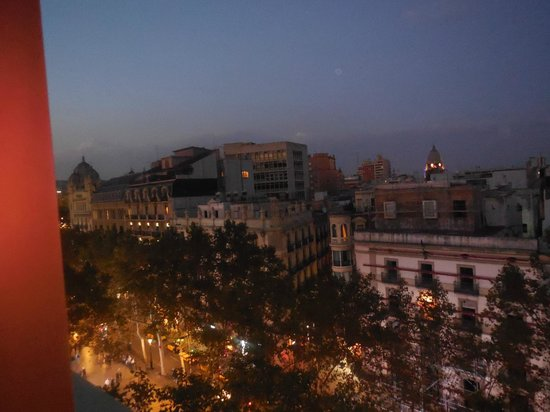 Royal Ramblas Hotel : 6th Floor View