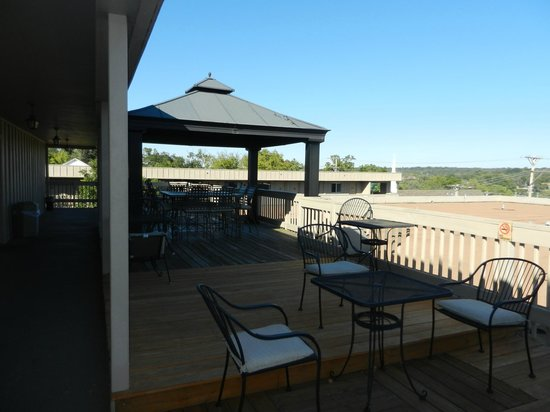 "BEST WESTERN Plus Landing View Inn & Suites: The 3rd floor patio on the "" A "" bldg"