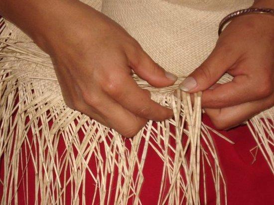 Homero Ortega: Fabricação manual do chapéu