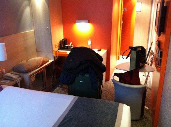 Hotel Mercure Paris 15 Porte de Versailles: Blick zur Tür