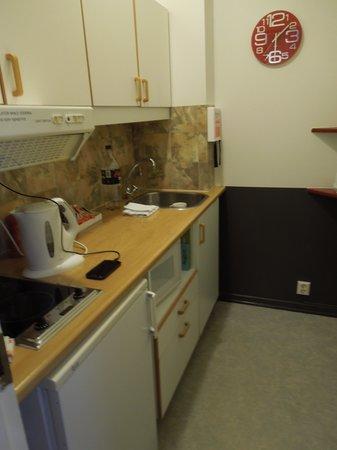 Castle House Luxury Apartments: kitchen