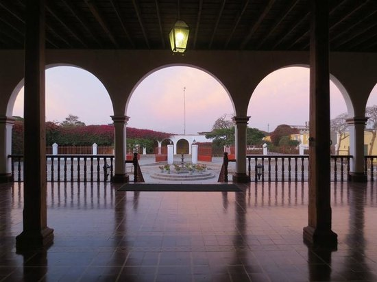Casa Hacienda San Jose: view from the front entry