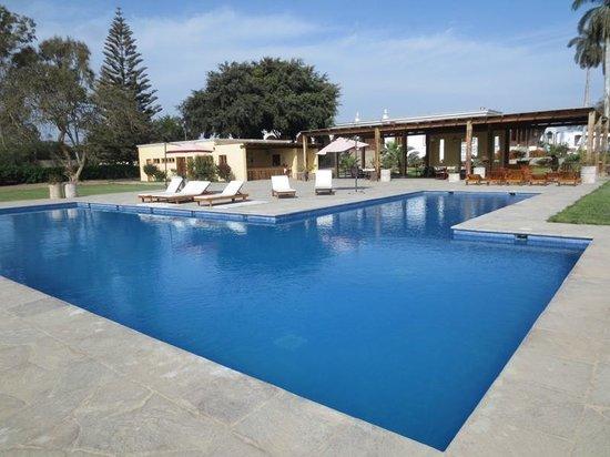 Casa Hacienda San Jose: Pool with bar behind it