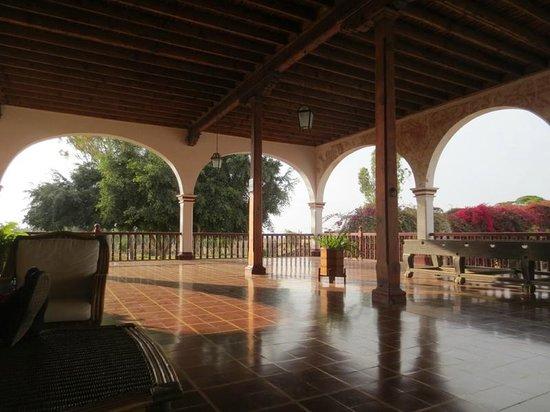 Casa Hacienda San Jose: outside patio around most of the hotel