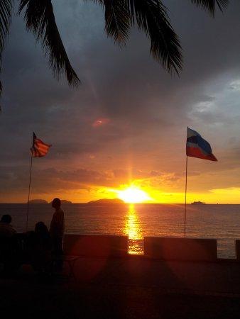 Al Fresco: Sunset