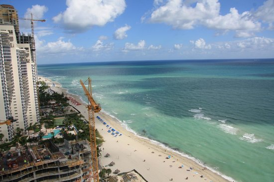 Doubletree by Hilton Ocean Point Resort & Spa - North Miami Beach: Construction Site, North