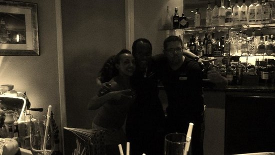 Crowne Plaza Orlando - Universal Blvd : Some of the great Bar and Dinner Staff