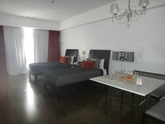 Broadway Hotel & Suites: quarto 711